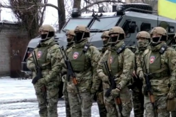 На Донбассе появились вооруженные до зубов спецназовцы a16f43cfad9