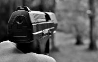 В Кривом Роге мужчина пытался расстрелять жену
