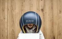 Украинцы создали шлем для блокировки шума в офисе