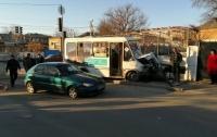 Пять человек пострадали в ДТП с маршруткой