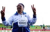 101-летняя пенсионерка победила в забеге на 100 метров (видео)
