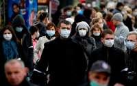 Людей без масок могут оштрафовать: Кабмин одобрил новые штрафы