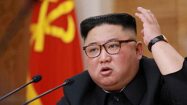 Лидер КНДР находится в коматозном состоянии, - СМИ