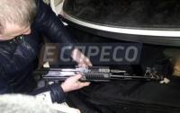 На Киевщине женщина устроила ДТП, а ее муж угрожал очевидцам автоматом