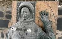 19 ноября откроют памятник первому космонавту Украины Леониду Каденюку