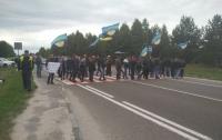 Шахтеры перекрыли международную трассу под Львовом