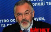 Табачник пожалел, что не рассказал школьникам о том, как УПА стреляли в партизанские спины