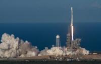 SpaceX запустила ракету-носитель Falcon 9 с