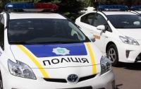 В Киеве произошло ДТП с участием автомобиля полиции (видео)
