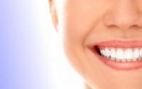 Ученые: чистка зубов защитит от болезни Альцгеймера