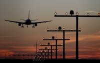 В Канаде экстренно сел самолет из-за разбившегося лобового стекла