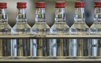 Россиянин попытался вывезти из Казахстана 350 литров алкоголя