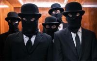 Неизвестные в масках напали на автобус в Херсонской области