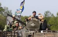 Военные на Донбассе получают 20 тысяч гривен, - Порошенко