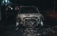 В Днепре сгорел автомобиль Hyundai