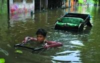 Наводнение на севере Индии унесло жизни более 150 человек
