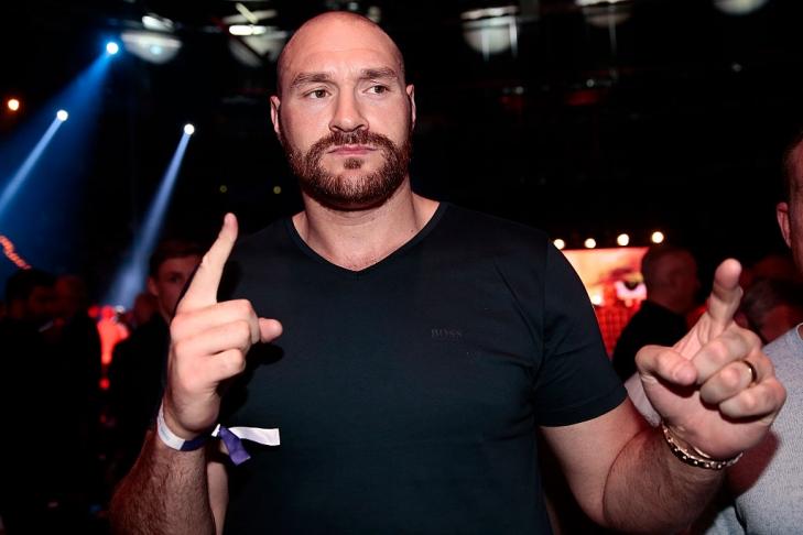 Боксер Фьюри объявил озавершении карьеры
