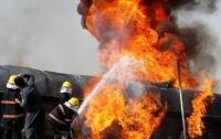 В результате аварии бензовоза в Конго погибли по меньшей мере 60 человек