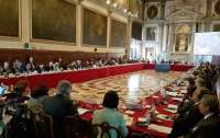 Венецианская комиссия выступила против нарушения Конституции при решении вопроса КСУ