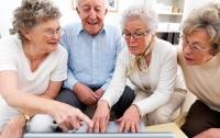 Всем пенсионерам выдадут электронные удостоверения