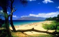 На Гавайях из-за цунами эвакуировали людей