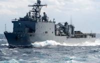 Корабль ВМС США направляется в Черное море