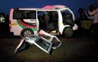 Авария в Кении унесла жизни 12 человек (видео)