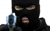 В Одессе дерзко ограбили беременную девушку