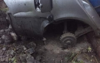 На Закарпатье неизвестные бросили гранату в автомобиль местного депутата