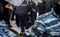 Российским силовикам посоветовали применять смазку, чтобы не потеть