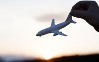 Самолет запутался в кабелях подъемника после падения в итальянских Альпах