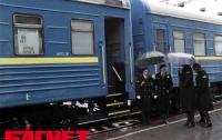 Львовская железная дорога на праздники пустит больше поездов