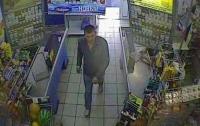 В Одессе злоумышленник неделю обворовывал супермаркет