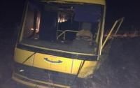 Школьный автобус столкнулся с BMW на Житомирщине: есть погибший