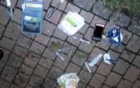 На Киевщине наркоман размахивал ножом в центре города