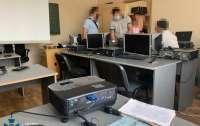 Украинские госслужбы покупали программы-шпионы от РФ