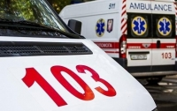 Мужчина выпрыгнул на ходу из кареты скорой помощи (видео)