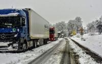 При въезде в Киев начали взвешивать грузовики