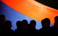 На особняк экс-главы кассационного суда Армении напали люди с автоматами