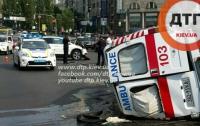 Подробности ДТП В Киеве: В «скорой», в которую врезалась Honda, везли младенца. Фото