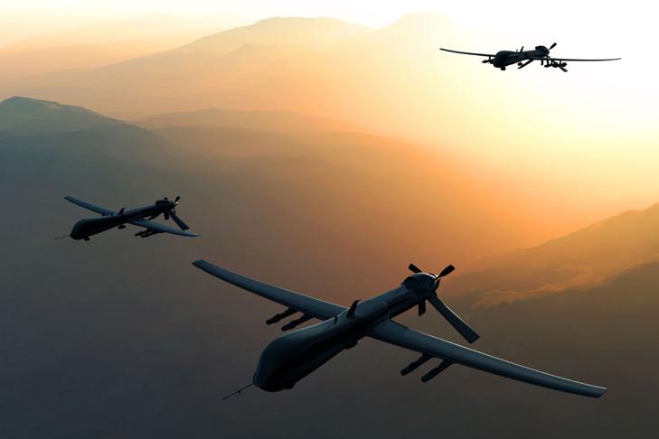 """В Ираке произошла массовая """"беспилотная"""" атака на авиабазы США"""