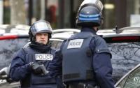 Невнимательный наркодилер перепутал полицейских с покупателями