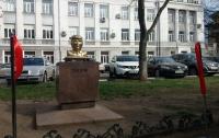 Трампа с Ыном увековечили в Одессе (видео)