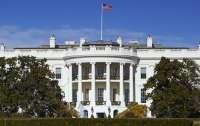 Неизвестный попытался проникнуть в Белый дом на машине
