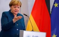 Меркель поговорила с Путиным об Украине