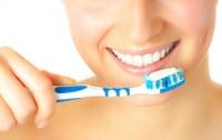 Причиной страшной болезни могут стать нечищенные зубы