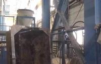 В Киеве работник упал с высоты на заводе железо-бетонных конструкций