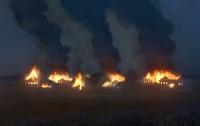 Фотограф поджег деревню ради фотопроекта