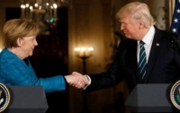 Трамп и Меркель обсудили Украину