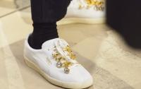 Раскрыта цена брендовых кроссовок священников